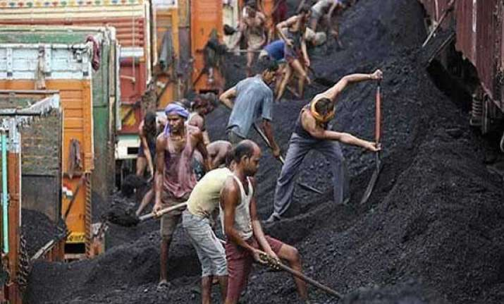 pmo defends coal block allotment to hindalco