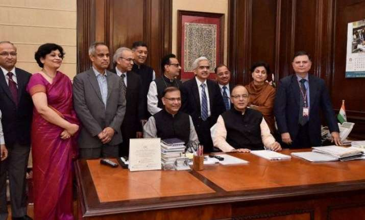 budget 2016 fm jaitley faces tough task for balancing needs