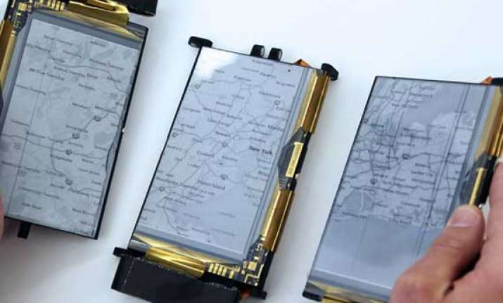 paperfold smartphone can be unfolded into a laptop map or