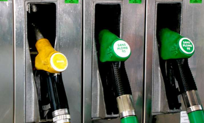 petrol price cut by rs 2.46/litre further reduction possible