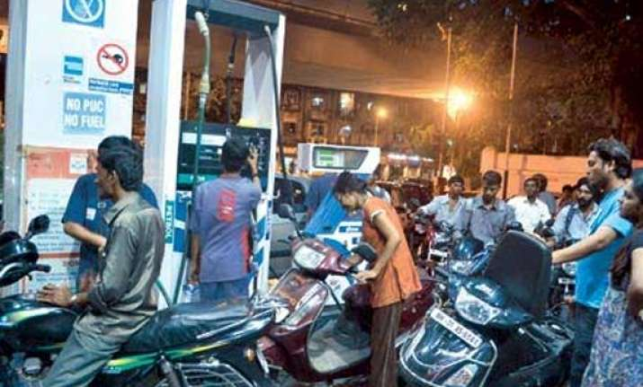 petrol to cost 92 paise less diesel up by 37 paise in delhi