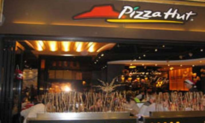 pizza hut to serve wine in all its outlets mulls expansion