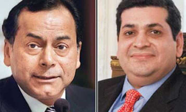 promoters of essar loop appears in court seeks bail in 2g
