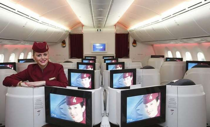 qatar airways to extend dreamliner route network to india