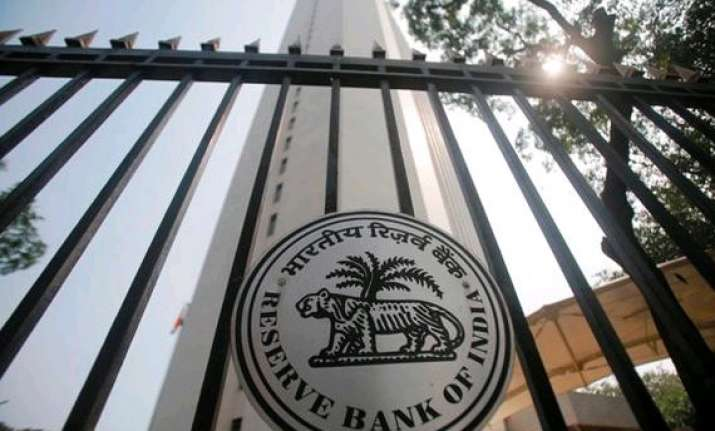 rbi opts for status quo promises rate cut if inflation drops