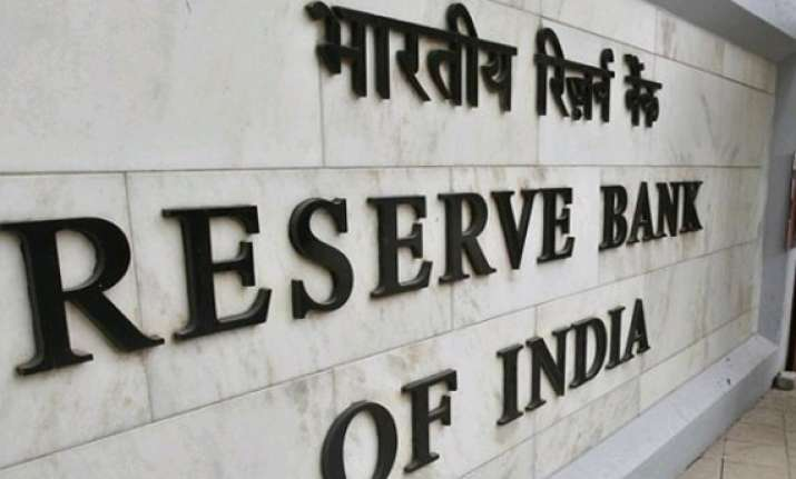 rbi to launch plastic notes next year rajan