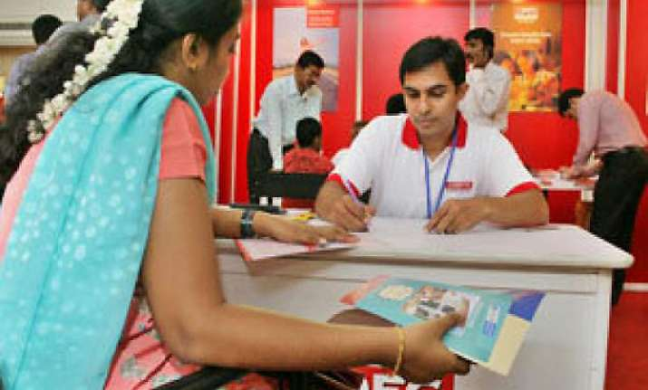rbi asks banks not to levy pre payment charges on home loans