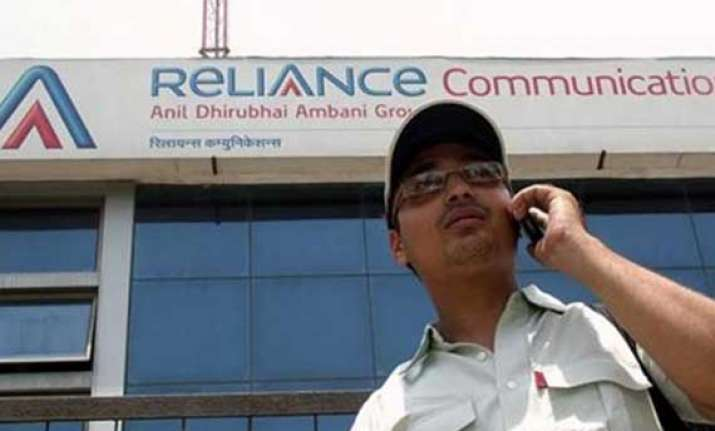 rcom offers free roaming no std charges