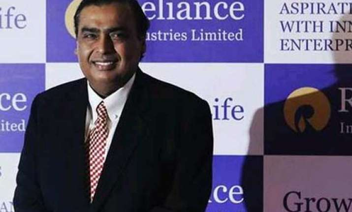 ril becomes 1st pvt co to post usd 1 billion quarterly
