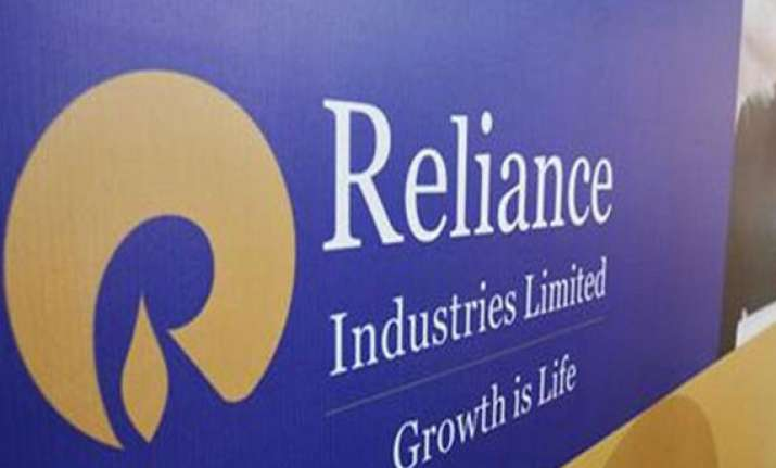 ril rejigs investment portfolio focus on bonds deposits