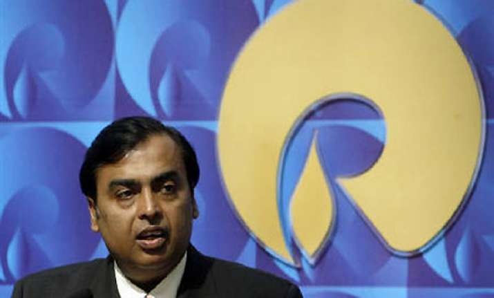 ril q3 profit slumps 13.6 pc on poor grms lower gas output