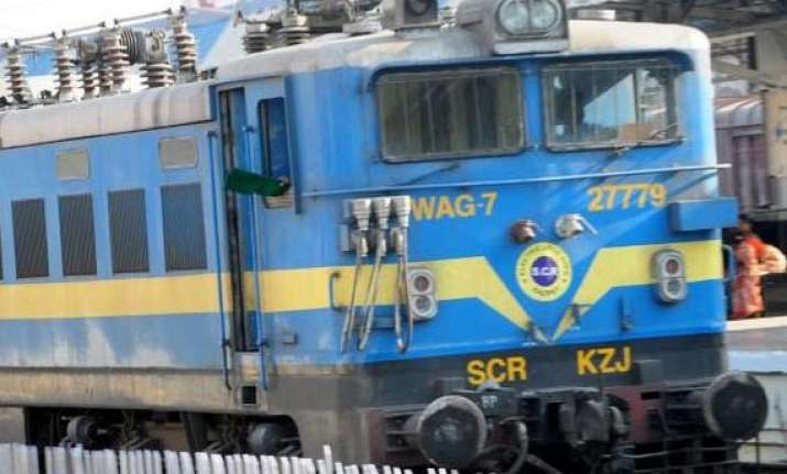 railways to launch 100 trains in the rail budget 2013 14