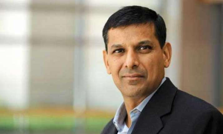 rajan says retail inflation targeting awaits government nod