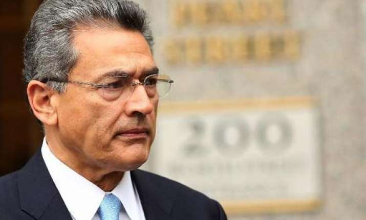 rajat gupta asked to pay 13.9 mn in sec insider trading case