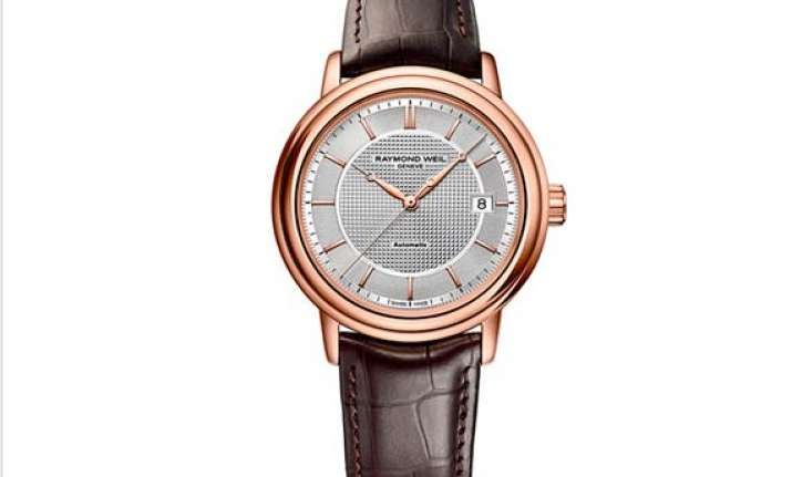 raymond weil launches maestro trois aiguilles timepiece