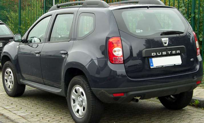 renault to iintroduce limited edition duster at rs 9.9 lakh