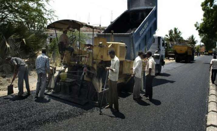 roads sector to get a leg up as infra debt funds gain