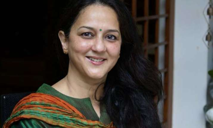 rohini nilekani sells infosys shares worth rs 164 crore for