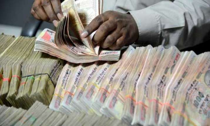 rupee at 10 month high up 22 paise against usd in early