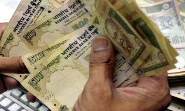 rupee bounces back 21 paise