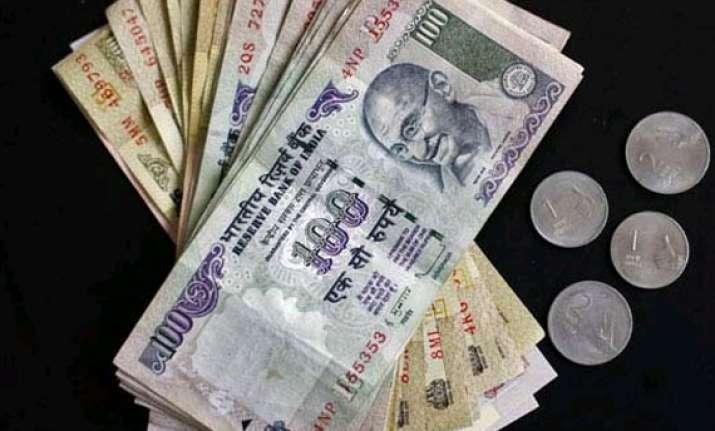 rupee falls for 3rd week ends at 60.29 vs dollar