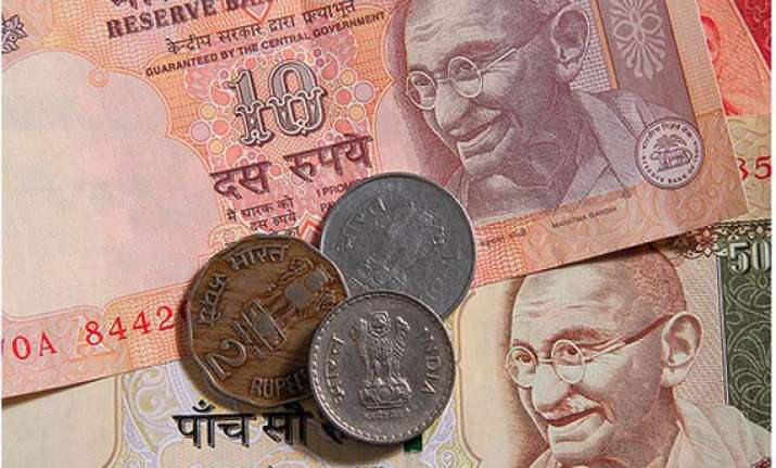rupee at 10 week low vs dollar completes 5 session fall