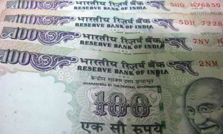 rupee snaps 8 session losing streak closes 29 paise higher
