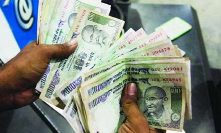 rupee breaches 55 levels against us dollar