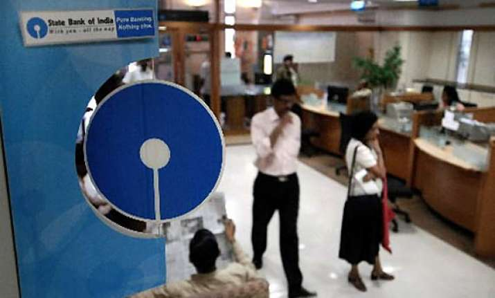 sbi raises minimum lending rate from 9.5 to 10 pc