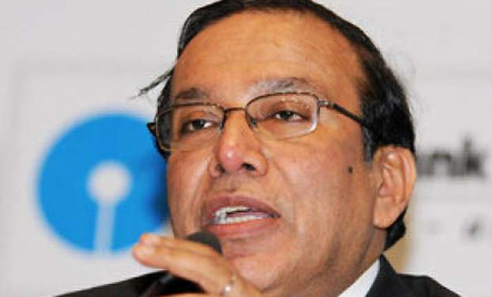 sbi to raise capital through fpo qip next fiscal