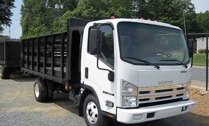 sml isuzu inks vehicle finance pact with sbi