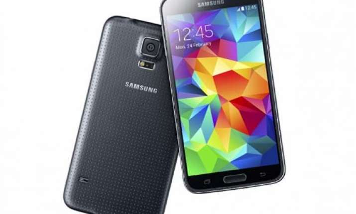 samsung galaxy s5 wins praise for its new anti theft