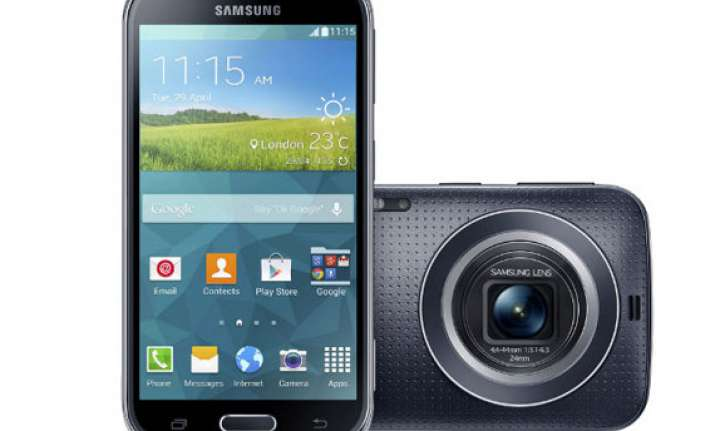 samsung galaxy k zoom now available for rs 29 999