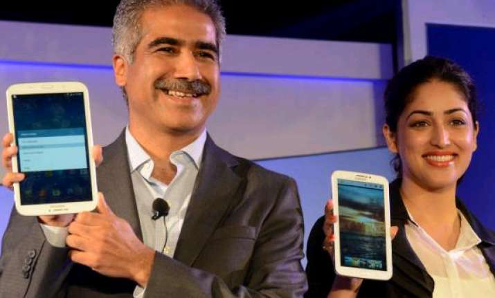 samsung india mobile phones head vineet taneja quits