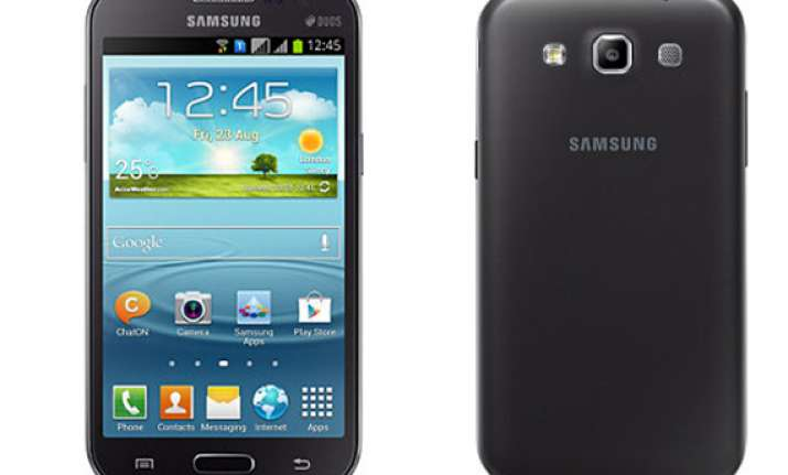 samsung launches galaxy grand quattro for rs 17 290