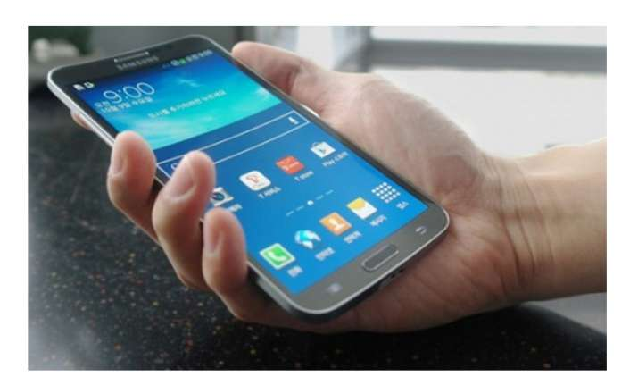 samsung launches galaxy round world s first curved display
