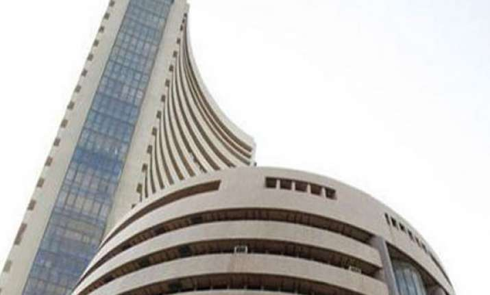 sensex hits 25k again but ends flat ahead of modi swearing