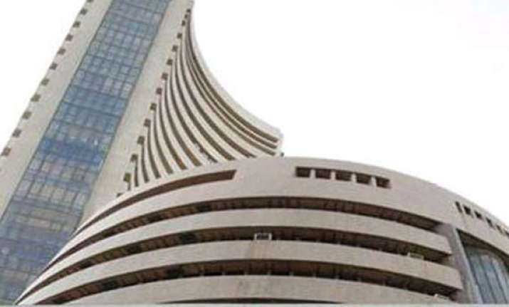 sensex jumps 304 pts to regain 26 000 level in pre close