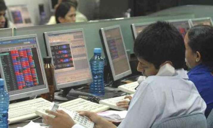 sensex slips 97 pts to 1 wk low on profit booking in