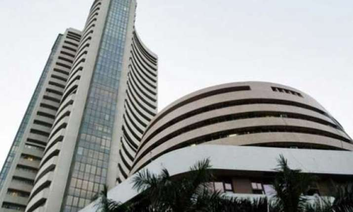 sensex tumbles to 3 week low infosys slumps over 3