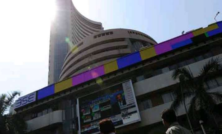 sensex up 90 pts to log new closing high ahead of poll