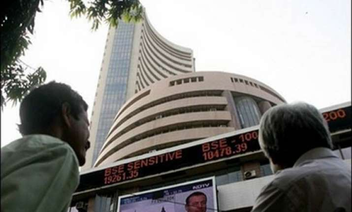 sensex recovers from 2 year low gains 158 pts