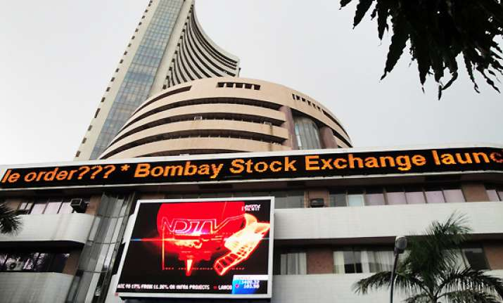 sensex falls for second straight day