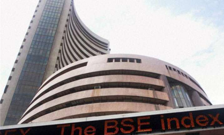 sensex up by 165 points at weekend closing