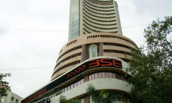 sensex surges 421 pts on fund inflows firm global trend