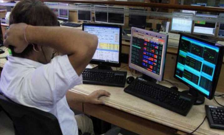 sensex dips below 16k after 2 weeks on low factory output