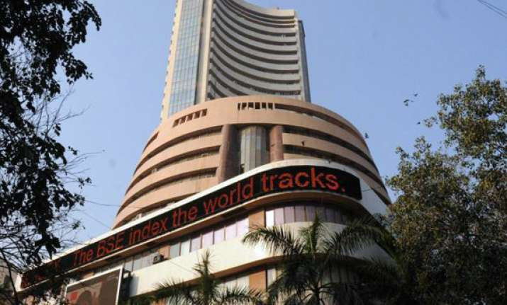 sensex spurts 337 pts to 4 week high on q2 results global