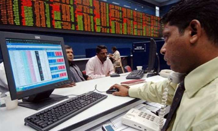 sensex down 107 pts in volatile trade on growth concerns