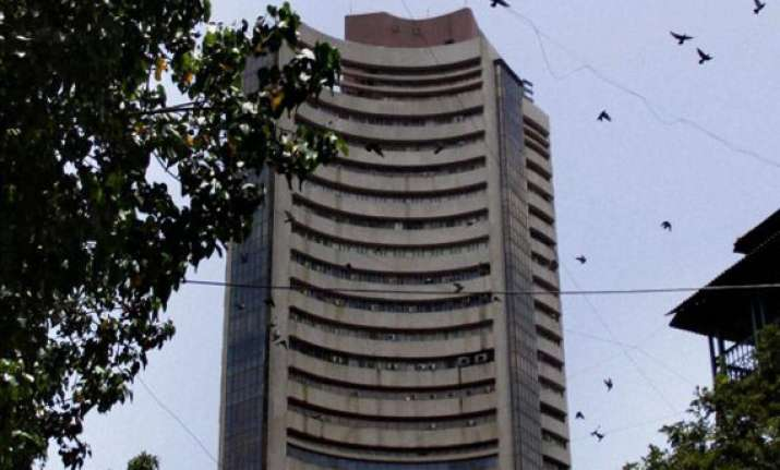 sensex up 24 pts in volatile trade