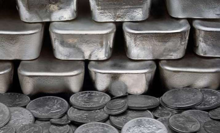 silver futures spurt to rs 51 480 per kg